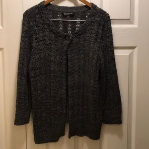 Newyork Jones sweater